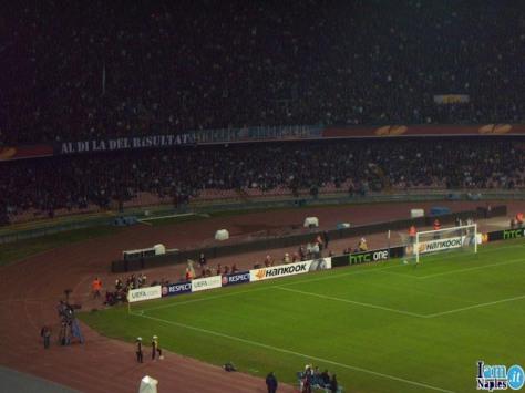 Striscione Napoli contro Strootman